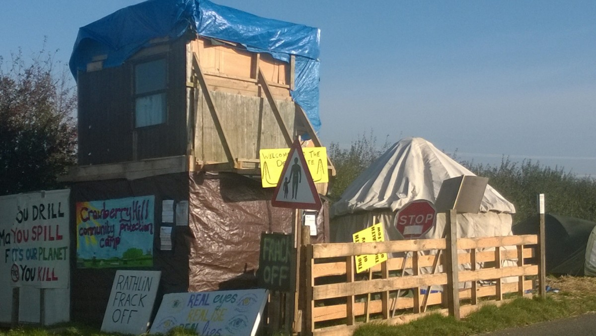 Former camp outside Rathlin Energy's site at Crawberry Hill