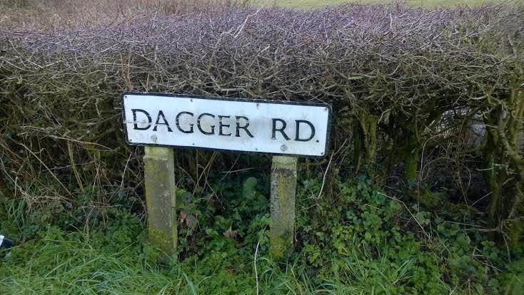 DAgger Lane sing