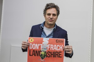 """Mark Ruffalo interviewed for the Friends of the Earth stop fracking campaign, London, 20 January 2016.     Mark Ruffalo, Bafta and Oscar nominee actor and anti-fracking campaigner, was at Claridge's for the premier of his latest film, Spotlight.     """"Mr Cameron… You're turning back on your word, sir""""  """"Mr Cameron you're making a huge mistake""""  """"I personally have experienced the dangers and horrors of hydrofracking""""  """"I'm imploring you, people of England, to fight against it.""""  """"Mr Cameron you're making an enormous mistake, and it's a legacy mistake because there's no fracking that can be done safely.""""  """"Today we're at the precipice of a renewable energy revolution.""""  """"Your people don't want it. You have already told them once before that if they didn't want it you wouldn't push them to take it. Your're turning back on your word, sir.""""  """"This is a wonderful opportunity… to be a real, true and honest world leader and keep the fossil fuels in the ground."""""""