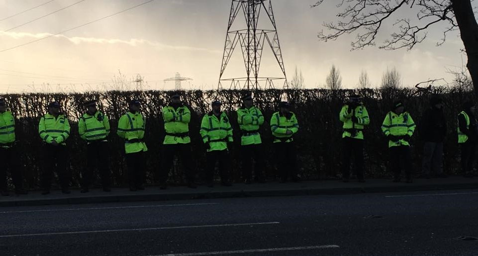 preston-new-road-protest-170111-1-elspeth-roberts