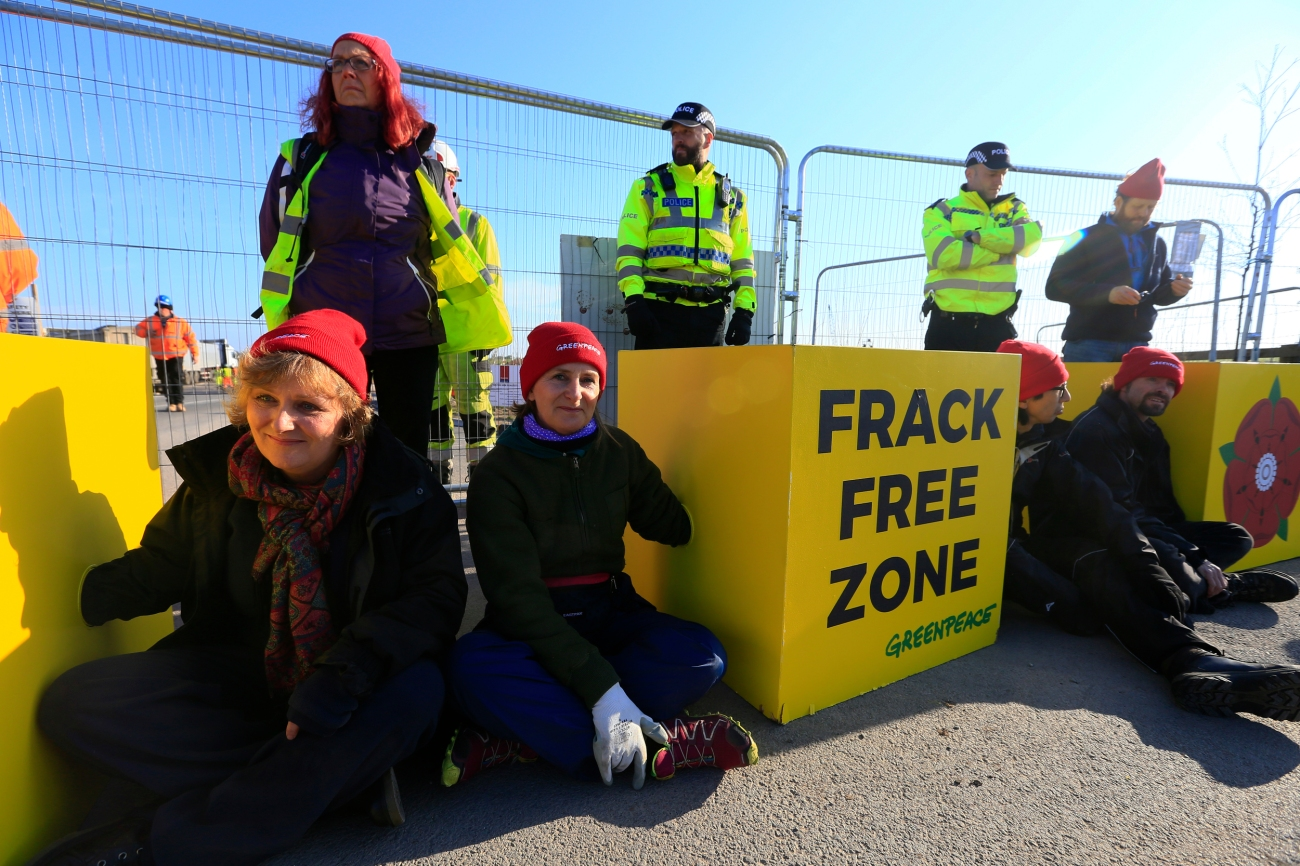 Campaigners Block Work at Fracking Site in Lancashire, UK