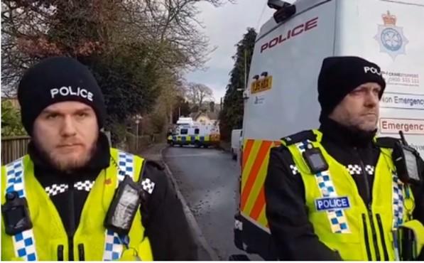180103 police blockade KM Ian R Crane