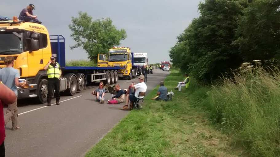Protest outside IGas site at Tinker Lane, 11 June, 2018. Photo: Colin Mackenzie