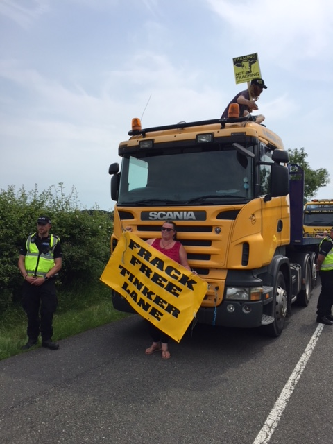 180611 Tinker Lane lorry surfer Jon Mager11