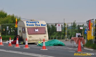 Caravan blockade at Preston New Road, 22 May 2018. Photo: Ros Wills