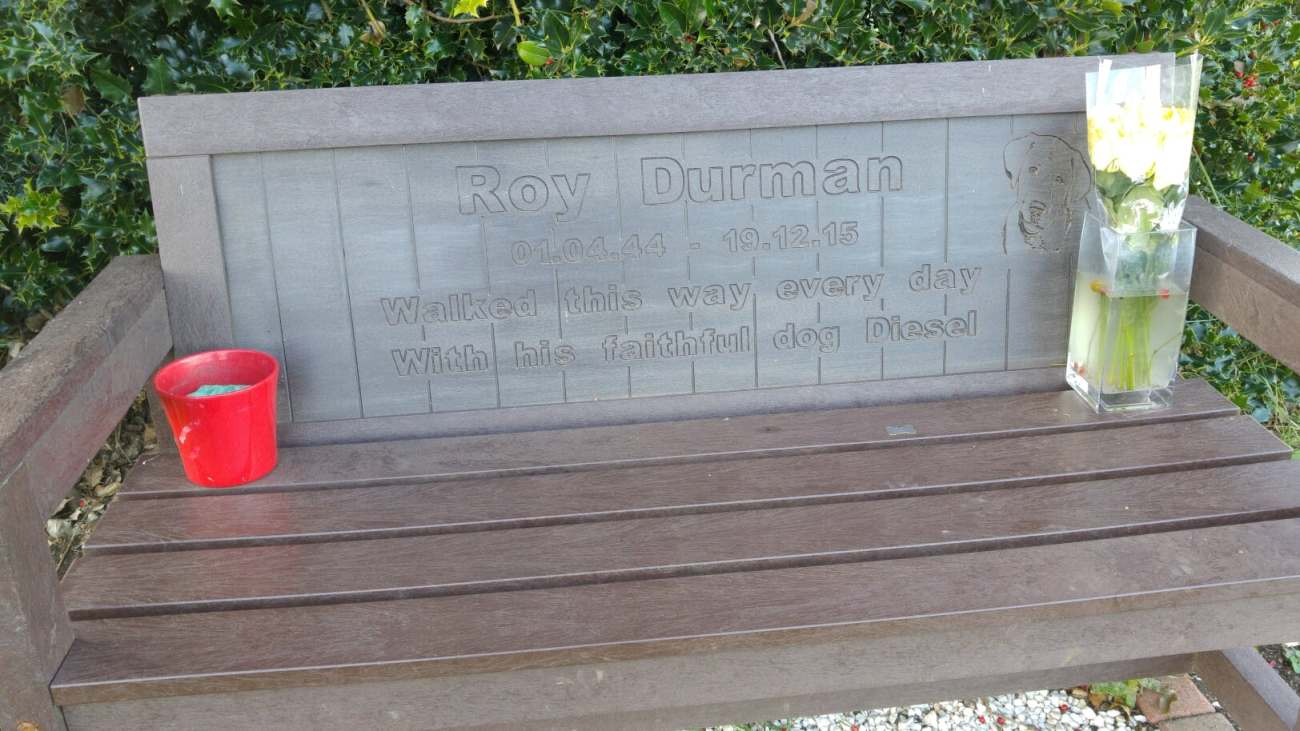 171025 commemorative bench Woodsetts DoD