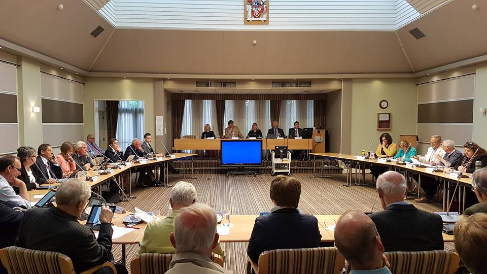 180906 Ryedale Council vote Eddie Thornton2
