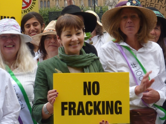 Caroline Lucas MP at 100 Women rally, Parliament Square. Photo: DrillOrDrop, 12/9/2018
