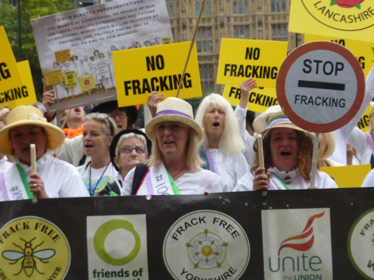 UN committee urges UK government to ban fracking