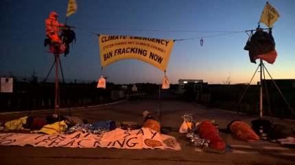 9-person protest outside Cuadrilla's Preston New Road shale gas site near Blackpool, 1 October 2018. Photo: Debs Whiteside