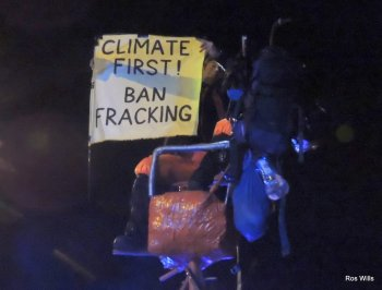 9-person protest outside Cuadrilla's Preston New Road shale gas site near Blackpool, 1 October 2018. Photo: Ros Wills