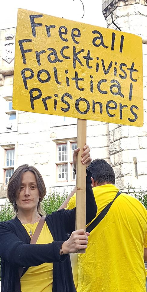 Anti-fracking protest in support of three men jailed last week. Photo: Eddie Thornton, 6 October 2018