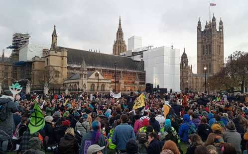 Rally in Parliament Square in central London in protest against government inaction on climate change, 17 November 2018. Photo: Eddie Thornton
