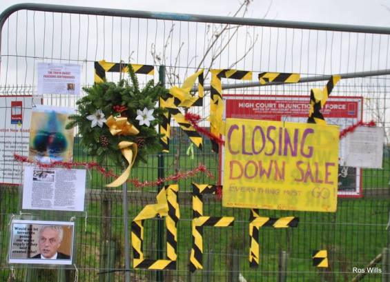Anti-fracking notices outside Cuadrilla's shale gas site, 4 January 2019. Photo: Ros Wills