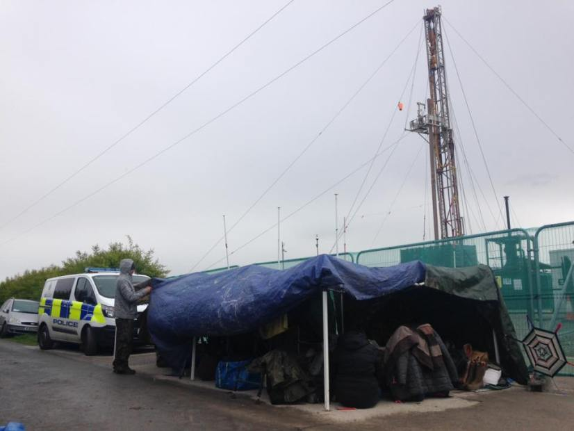 Protest outside Rathlin Energy's West Newton oil and gas exploration site in East Yorkshire, 10 May 2019. Photo: Used with the owner's consent