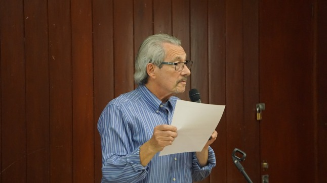 Meeting chair, Max Rozenberg, Breare Village Hall meeting, 18 May 2019. Photo: Jon O'Houstonmeeting in Breare Village Hall, 18 May 2019. Photo: Jon O'Houston