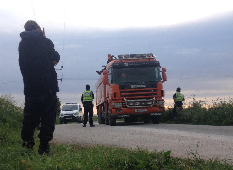 Lorry surfing protest outside Rathlin Energy's West Newton site in East Yorkshire, 5 June 2019. Photo: Used with the owner's consent