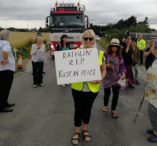 Campaigners at Rathlin Energy's West Newton well site, 28 August 2019. Photo: West Newton Gateway to the Gasfields
